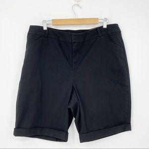 Lane Bryant NWT Black Bermuda Shorts - Size 14
